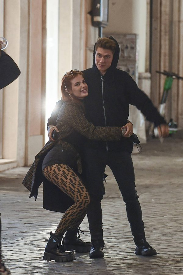 Bella Thorne on PDA with boyfriend singer Benjamin Mascolo in Rome 21