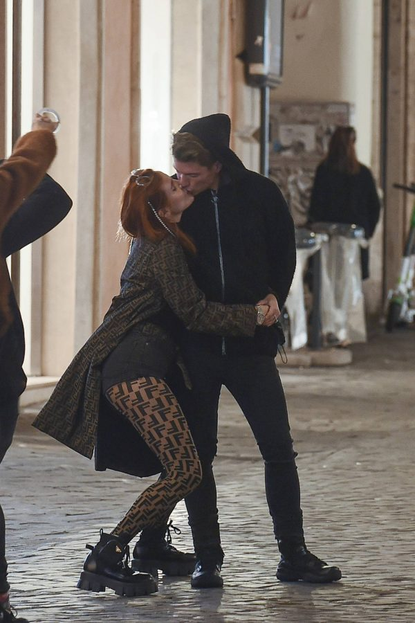 Bella Thorne on PDA with boyfriend singer Benjamin Mascolo in Rome 22