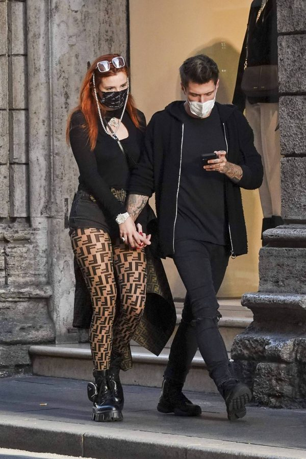 Bella Thorne on PDA with boyfriend singer Benjamin Mascolo in Rome 25