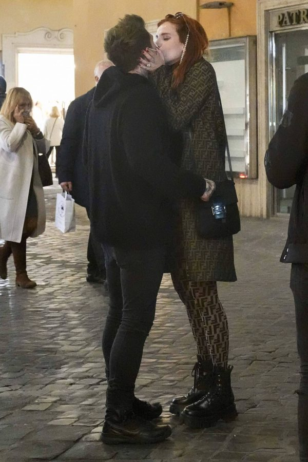 Bella Thorne on PDA with boyfriend singer Benjamin Mascolo in Rome 26