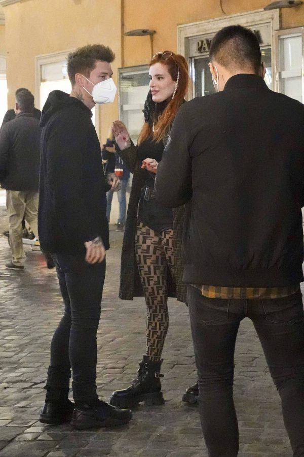 Bella Thorne on PDA with boyfriend singer Benjamin Mascolo in Rome 29