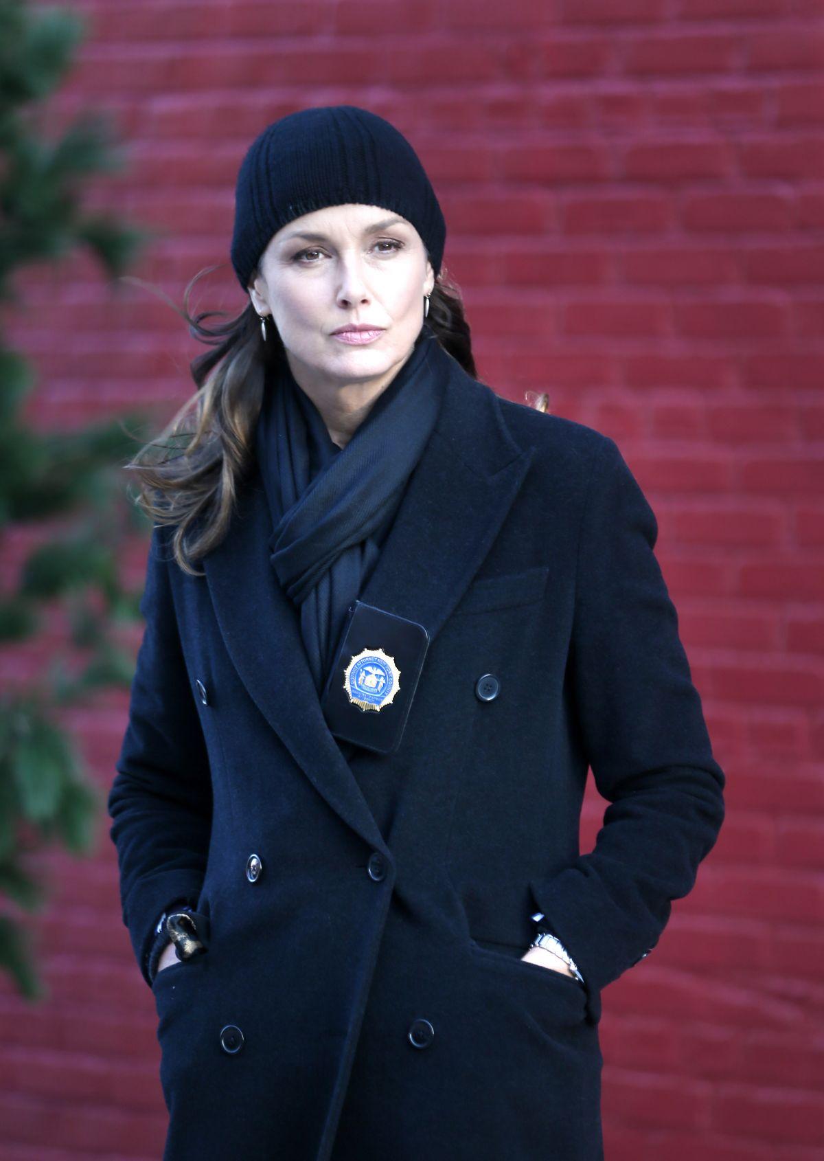 Bridget Moynahan Filming 'Blue Bloods in New York 12