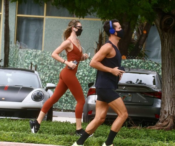 Candice Swanepoel Jogging candids in Miami 09