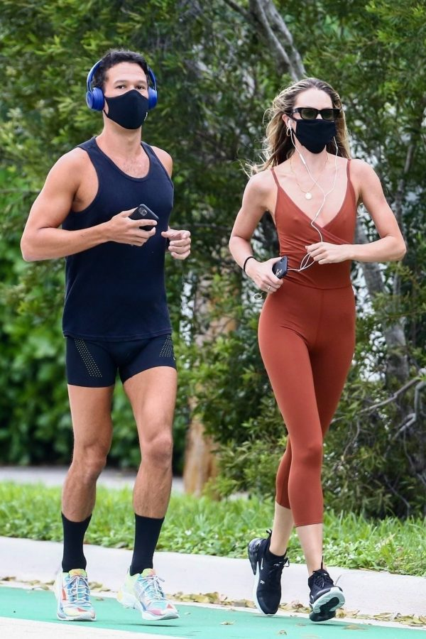 Candice Swanepoel Jogging candids in Miami 13