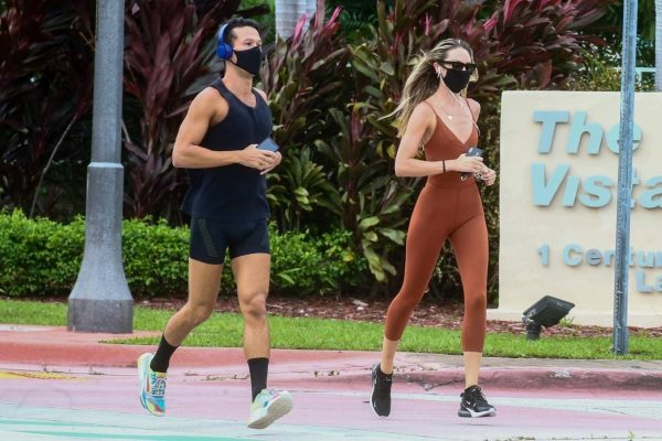 Candice Swanepoel Jogging candids in Miami 21