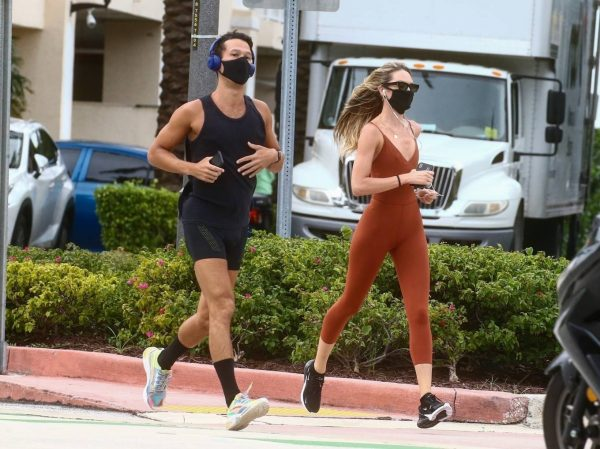 Candice Swanepoel Jogging candids in Miami 22