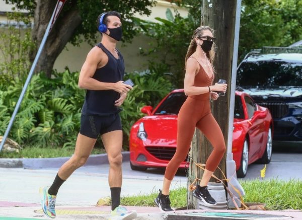 Candice Swanepoel Jogging candids in Miami 29