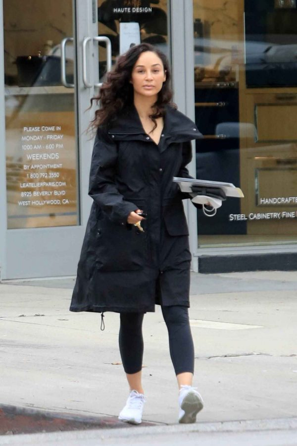 Cara Santana Running errands in West Hollywood 08