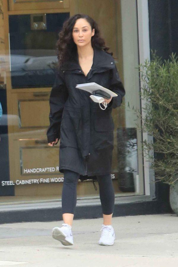 Cara Santana Running errands in West Hollywood 13