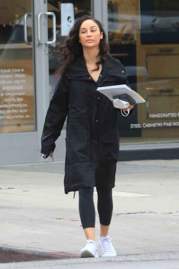 Cara Santana Running errands in West Hollywood 15