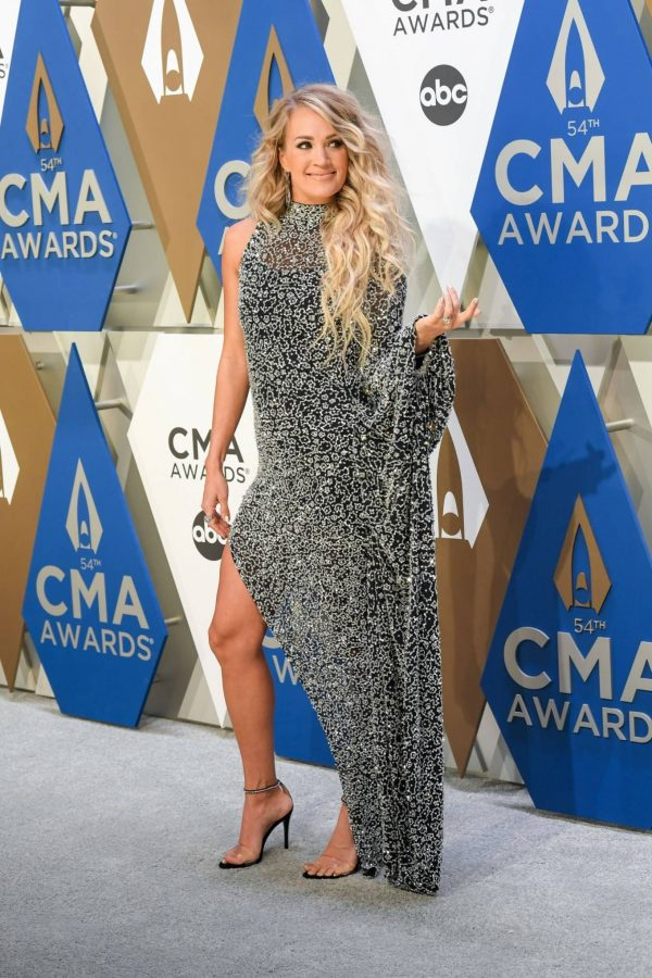 Carrie Underwood 2020 CMA Awards in Nashville 02