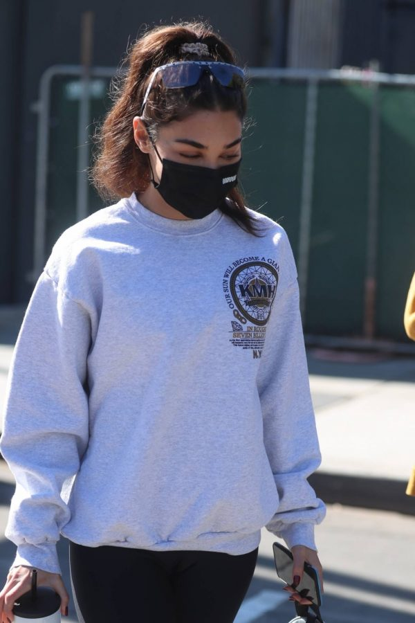Chantel Jeffries Seen after workout with a friend at DogPound in Los Angeles 05