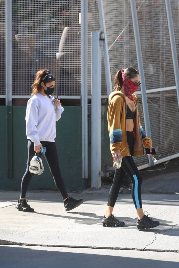 Chantel Jeffries Seen after workout with a friend at DogPound in Los Angeles 11