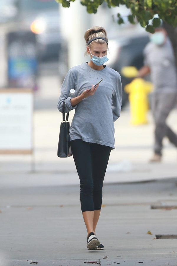 Charlotte McKinney Seen on the streets of Los Angeles 15