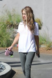 Chrishell Stause Look relaxed while walking her dog in Los Angeles 06