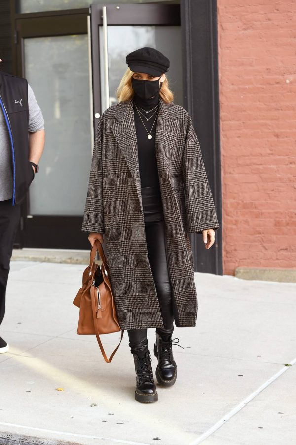 Diane Kruger Leaving a photoshoot in New York City 01