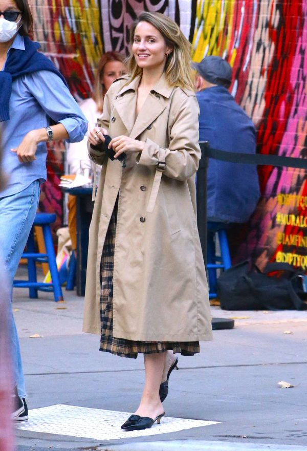 Dianna Agron Spotted with a friend in NYC 10