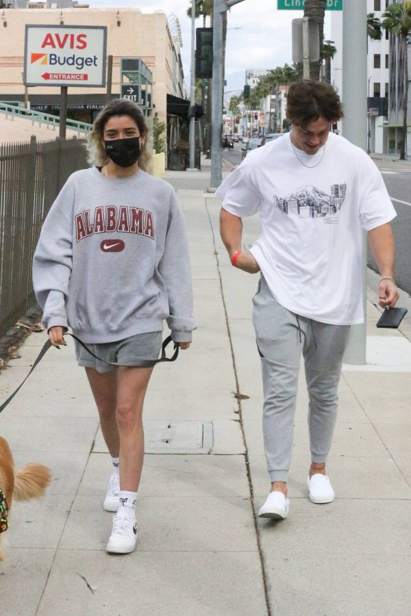 Dixie Damelio seen out for a lunch date with Noah Beck in Los Angeles 12