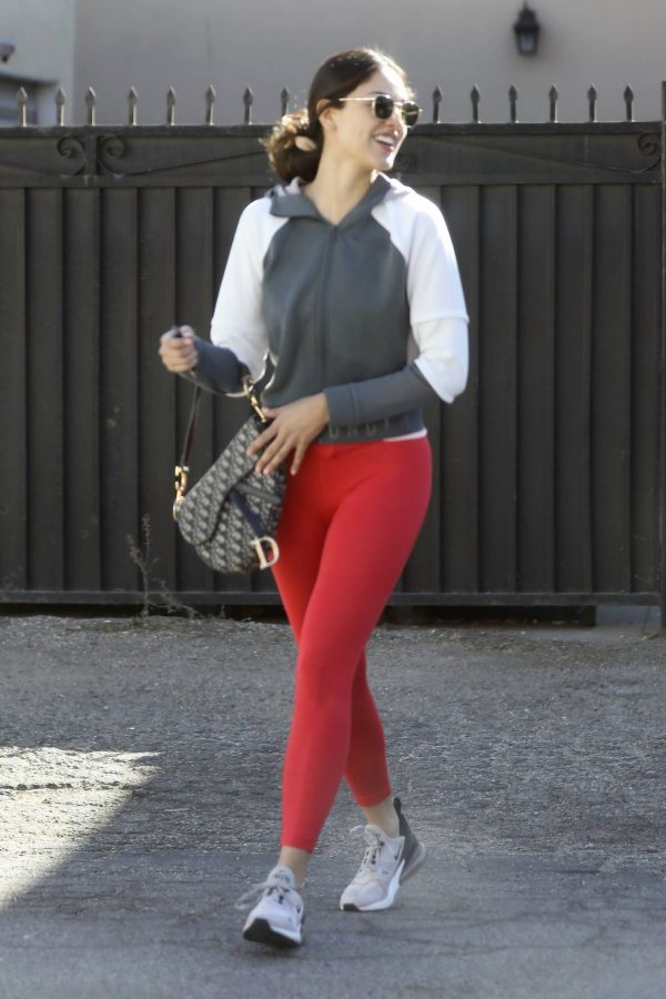 Eiza Gonzalez Looks sporty while going to a workout in Los Angeles 04