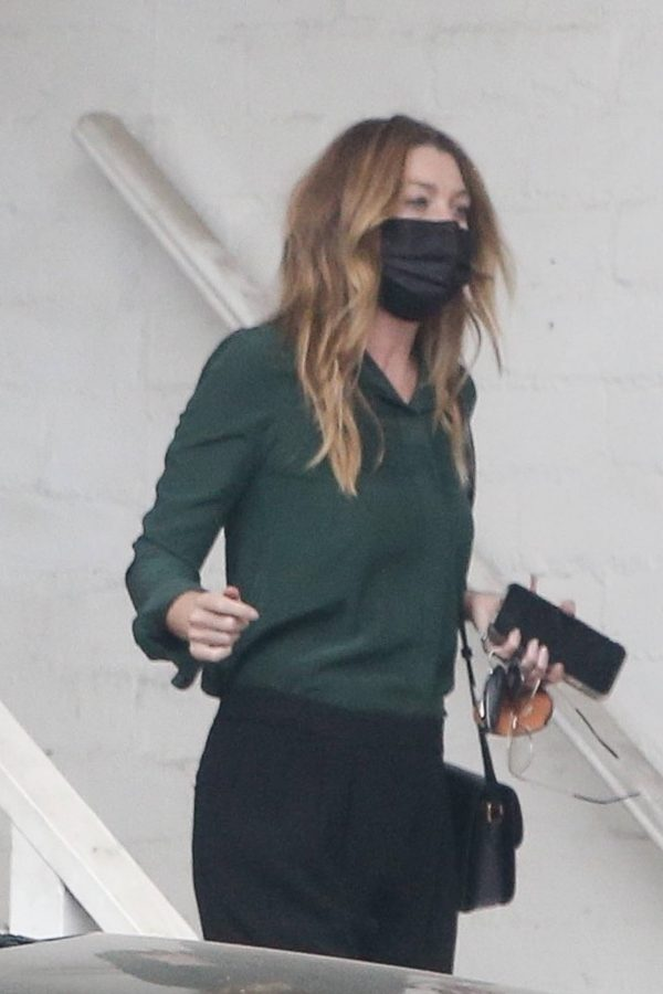Ellen Pompeo Heads to a salon in Beverly Hills 09