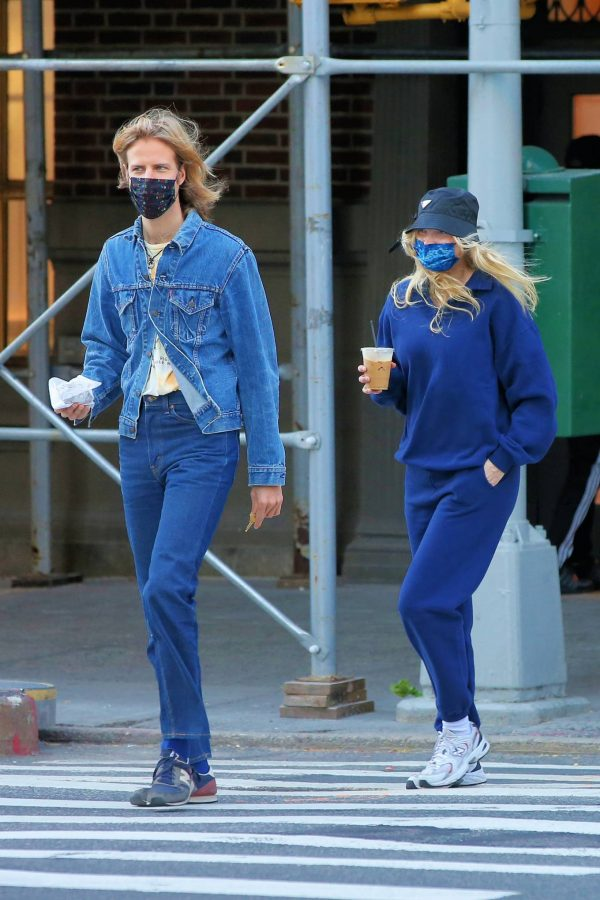 Elsa Hosk Seen while out for a morning coffee in Soho 17