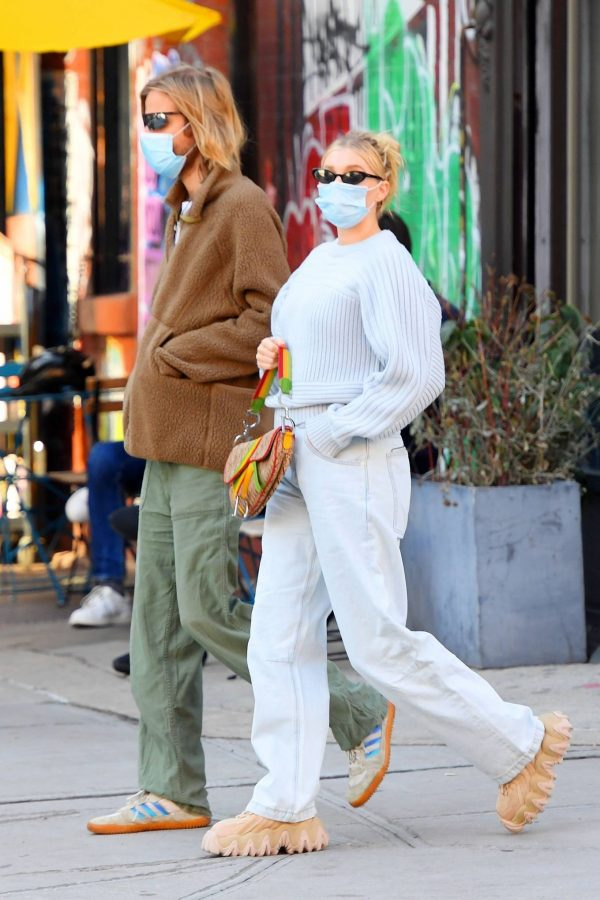 Elsa Hosk with her husband seen after having lunch at the Smile in New York 21