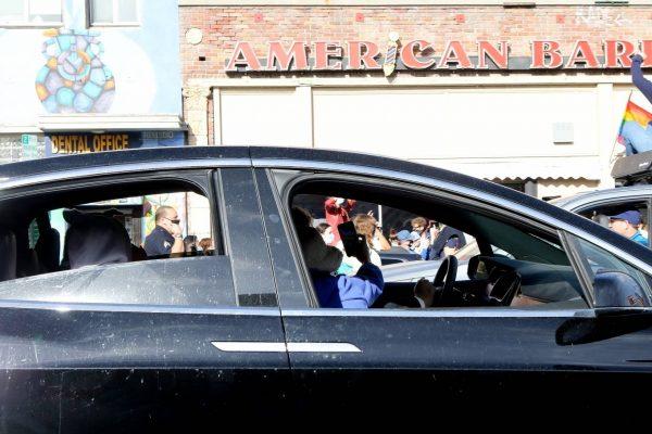 Emily Ratajkowski celebrates Joe Bidens win with her husband in Los Angeles 02