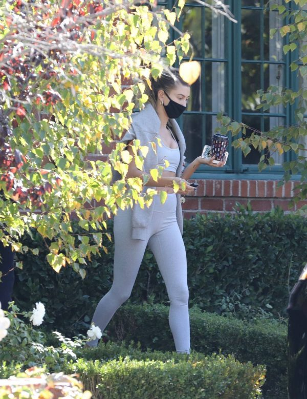Hailey Bieber spotted leaving a private gym in Los Angeles 03