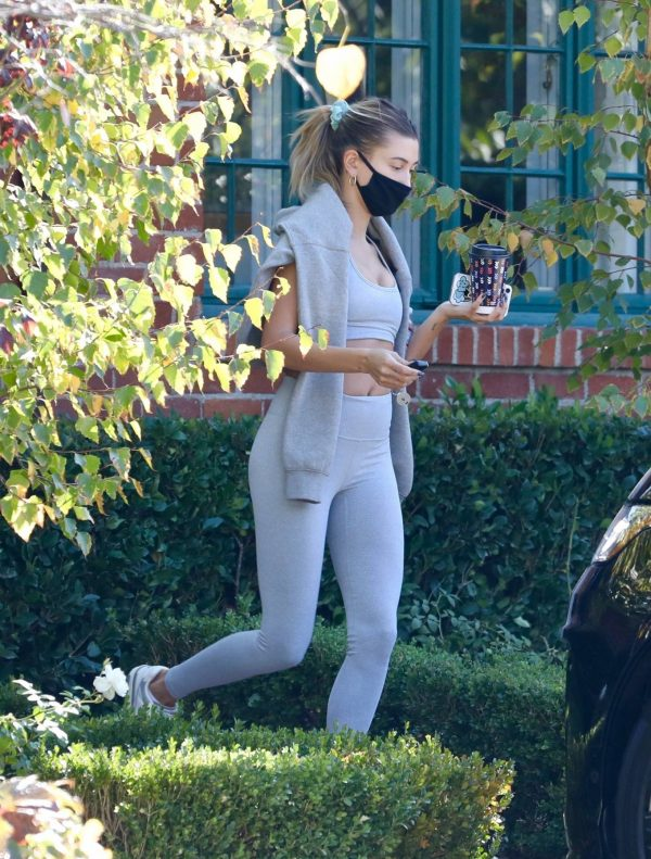 Hailey Bieber spotted leaving a private gym in Los Angeles 05