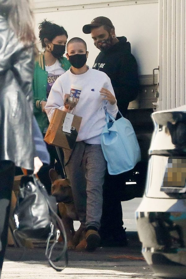 Halsey Seen at a studio in Los Angeles 02