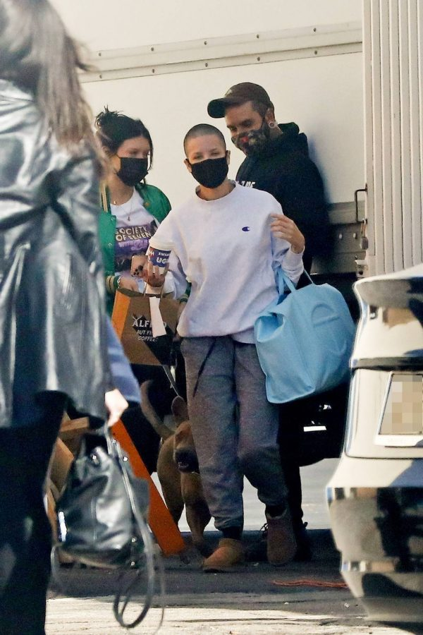 Halsey Seen at a studio in Los Angeles 04