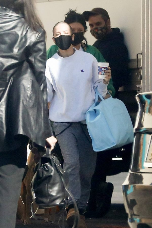 Halsey Seen at a studio in Los Angeles 11