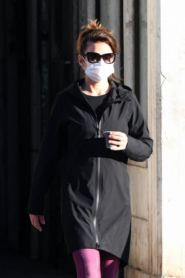 Hayley Atwell Seen during break from filming Mission Impossible 7 in Venice 09