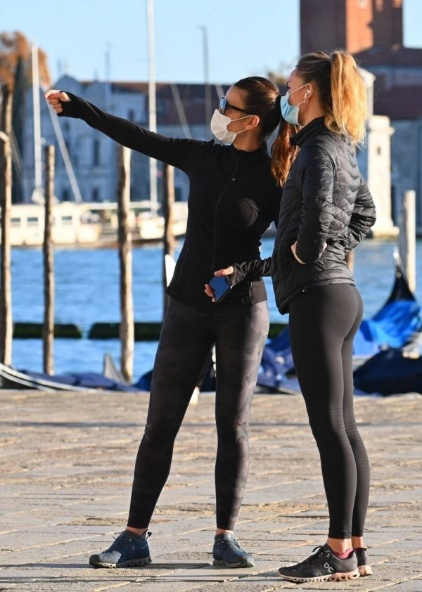 Hayley Atwell Seen out for a walk with a friend in Venice 10