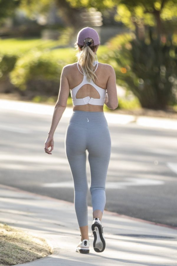 Hayley Roberts In leggins while out for a walk in Calabasas 01