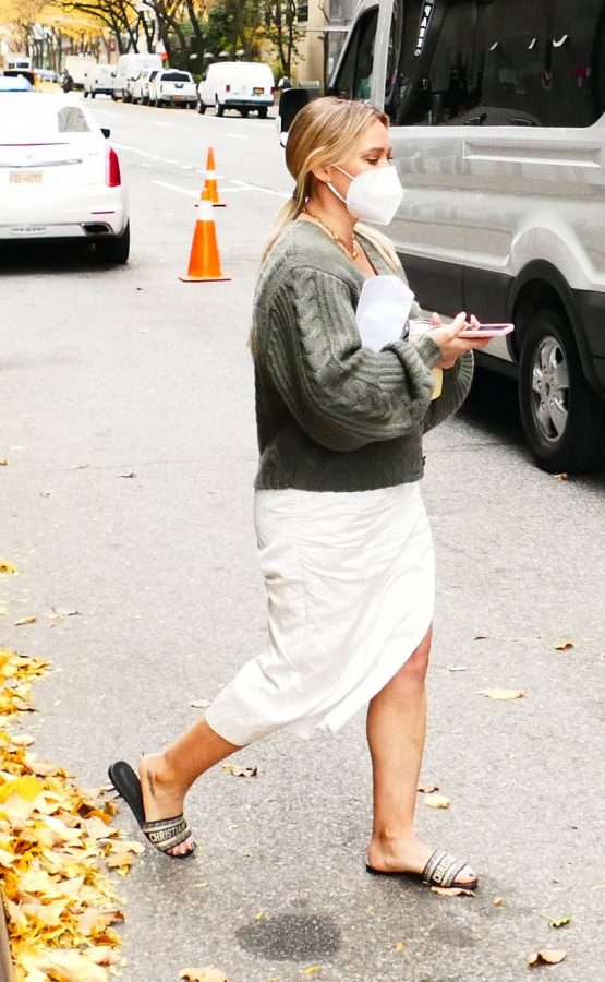 Hilary Duff Filming Younger in NYC 02