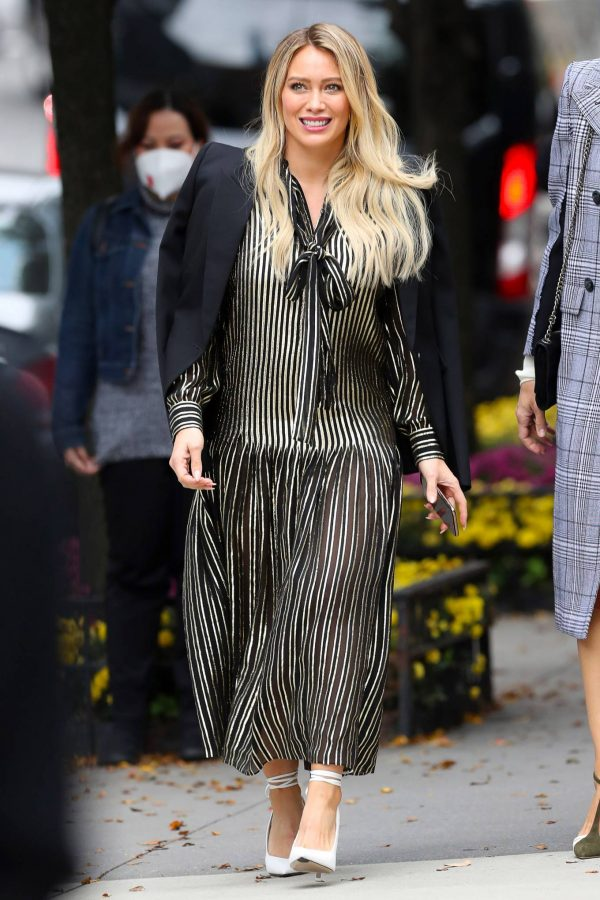 Hilary Duff Filming Younger in NYC 03