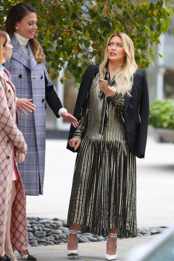 Hilary Duff Filming Younger in NYC 08
