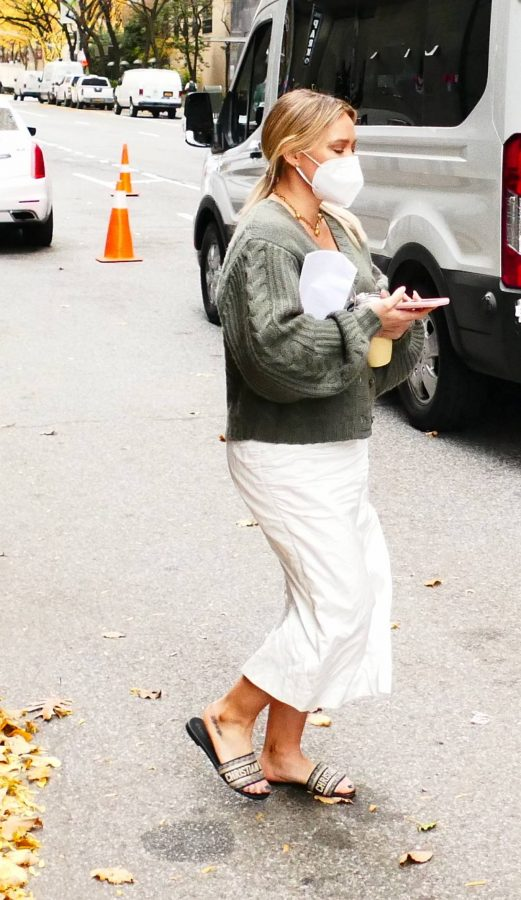 Hilary Duff Filming Younger in NYC 23