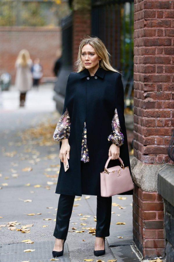 Hilary Duff Filming Younger in NYC 38