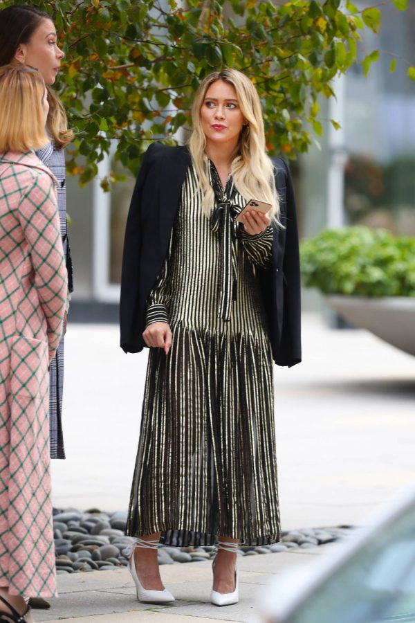 Hilary Duff Filming Younger in NYC 39