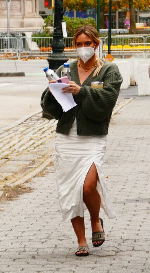 Hilary Duff Filming Younger in NYC 40