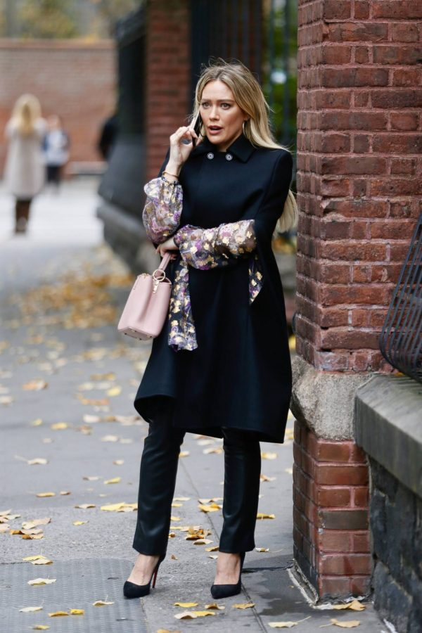 Hilary Duff Filming Younger in NYC 44