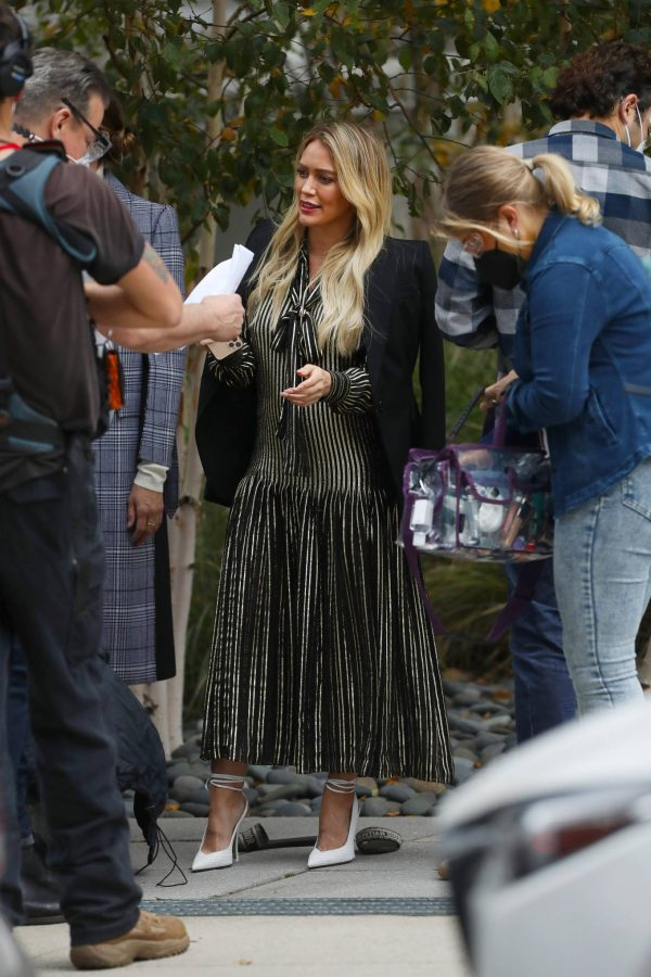 Hilary Duff Filming Younger in NYC 50