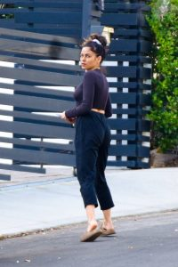 Jenna Dewan Look relaxed while out for a stroll in Los Angeles 07