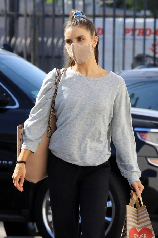 Jenna Johnson Arriving at the dance studio Friday in Los Angeles 09