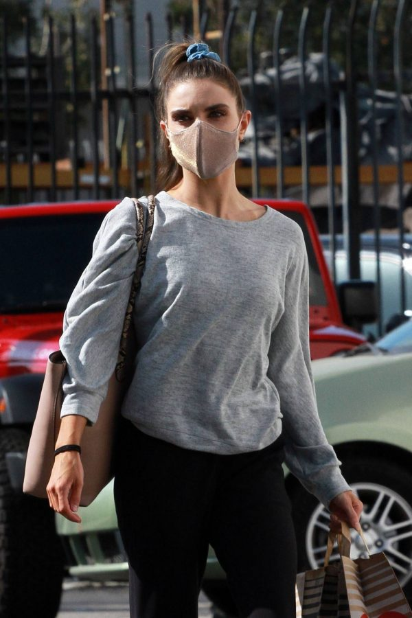 Jenna Johnson Arriving at the dance studio Friday in Los Angeles 14