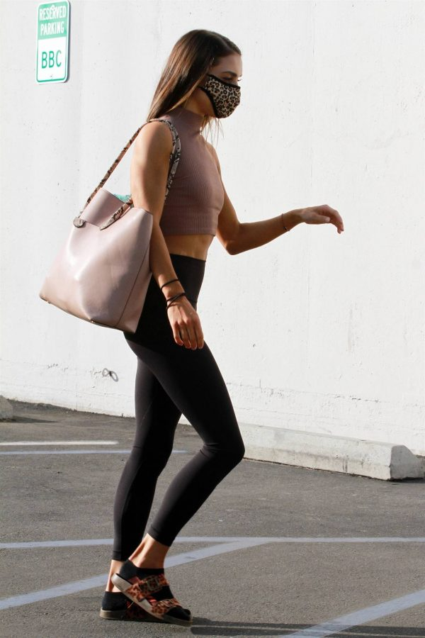 Jenna Johnson Arriving for practice at the dance studio in Los Angeles 06
