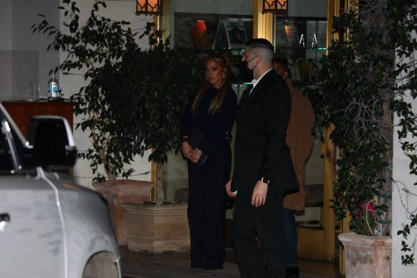 Jennifer Lopez Leaving dinner at Sunset Towers with friend Stevie Mackey in West Hollywood 01