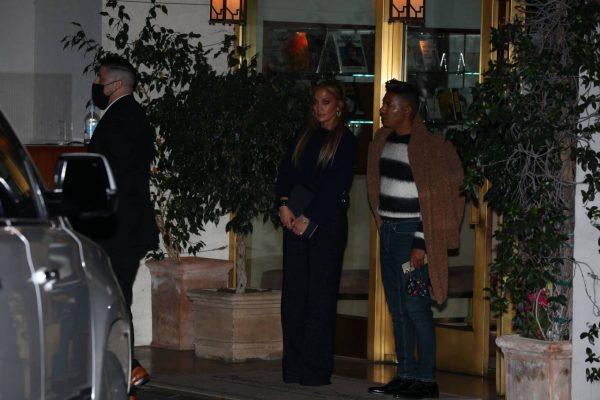 Jennifer Lopez Leaving dinner at Sunset Towers with friend Stevie Mackey in West Hollywood 03